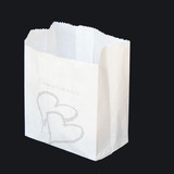 200 x White Wedding Silver Heart Paper Cake Candy Craft Bomboniere Bag