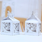 100 x White Mr&Mrs Laser Cut Wedding Favour Boxes Bomboniere Candy Bags