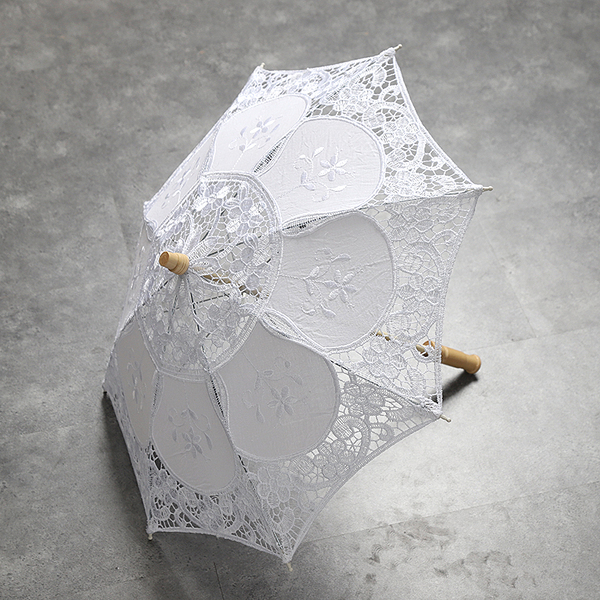Small White Princess Lace Parasol Wooden Handle