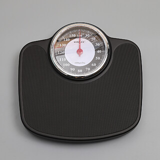 Black Mechanical Bathroom Scale - 160kg