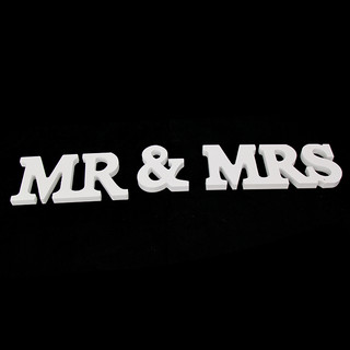 White Wooden Mr&Mrs Letters Sign Wedding Decoration