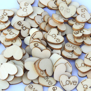 500pcs Wooden LOVE Heart Shape 1.5cm Table Scatter Embellishment